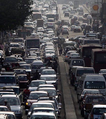 Movilidad no es pasar a electricidad, sino también usar autos compartidos