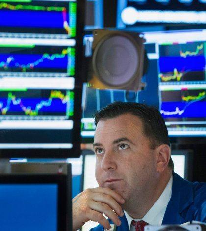 UPS y bancos dividen a Wall Street en apertura