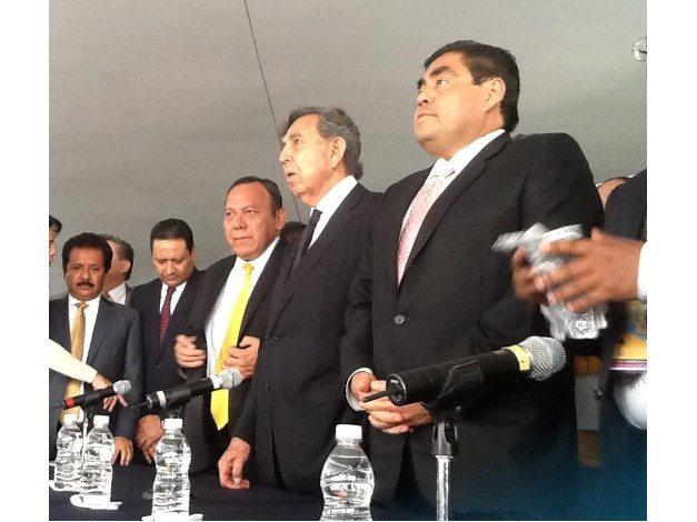PRD quiere más autonomía para Pemex