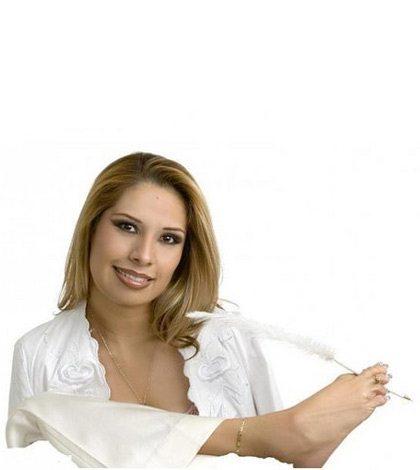 c076cbfd Adriana Macías, abrazando el éxito • Forbes México