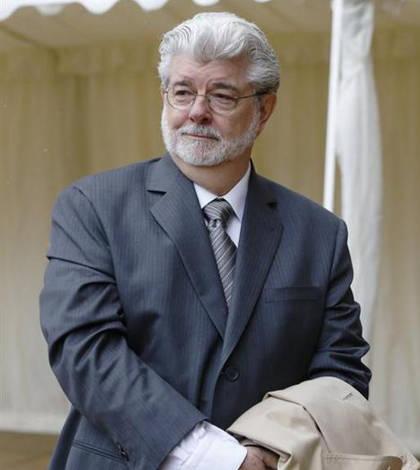 George Lucas y su esposa son padres de un bebe 'in vitro'