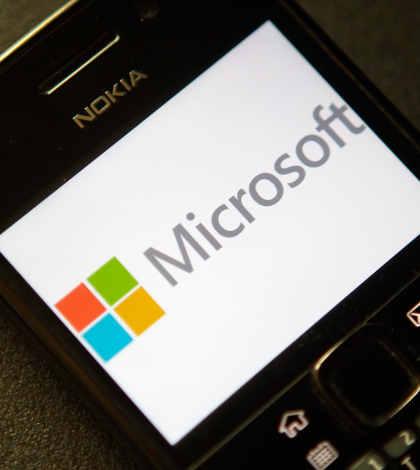 Venta de negocio de Nokia impacta en fondos de cobertura