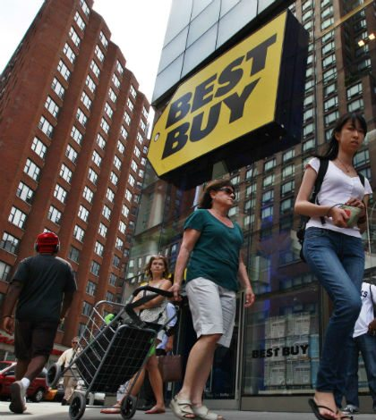 CEO de Best Buy vende acciones para costear divorcio