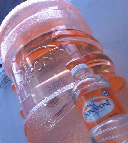 Aumenta reciclaje de botellas plásticas al año; 4 de cada 10 envases se recuperan