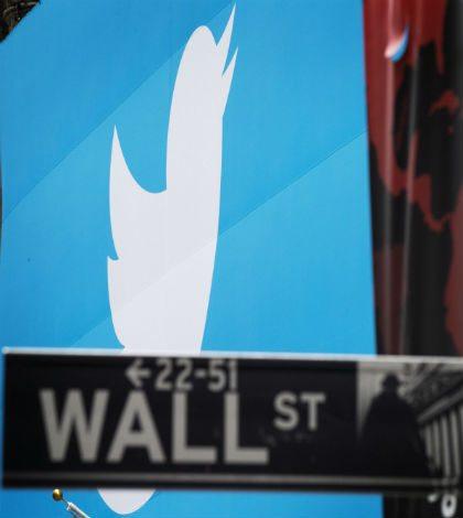 Twitter cotizaría volátil en su debut en bolsa