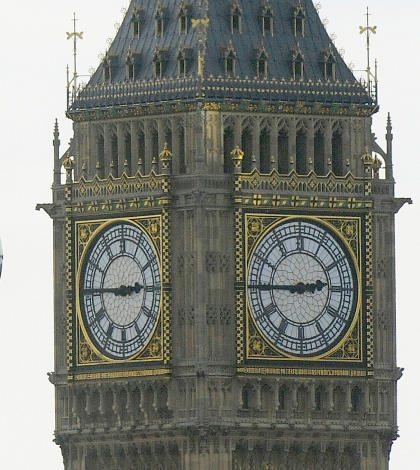 Inglaterra planea retiro de beneficios sociales a inmigrantes