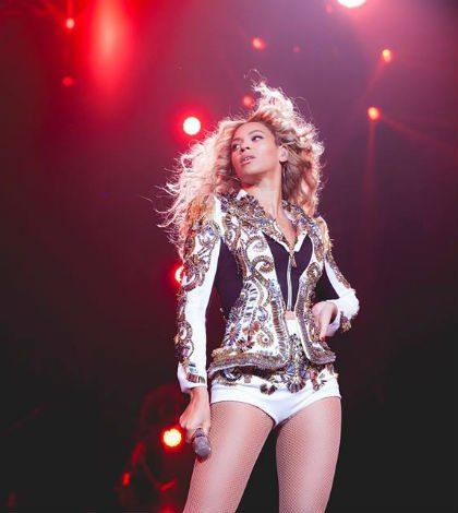 Beyoncé sorprende a fanáticos con nuevo disco