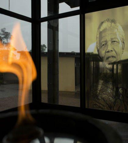 Líderes y celebridades despiden a Nelson Mandela