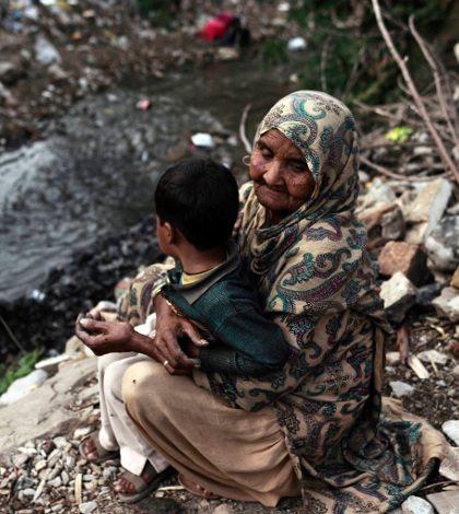 BM firma alianza 2014-2019 para reducir la pobreza en México