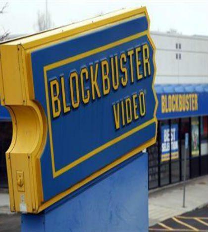 Elektra comprará tiendas de Blockbuster en México
