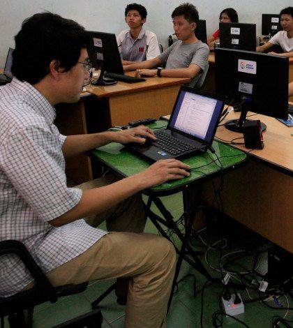 """El inventor de la web pide """"Carta Magna"""" que proteja a usuarios"""