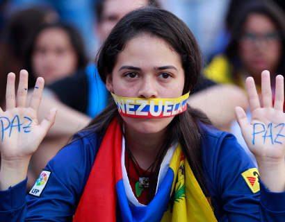 Gobierno y oposición de Venezuela retoman diálogo en República Dominicana