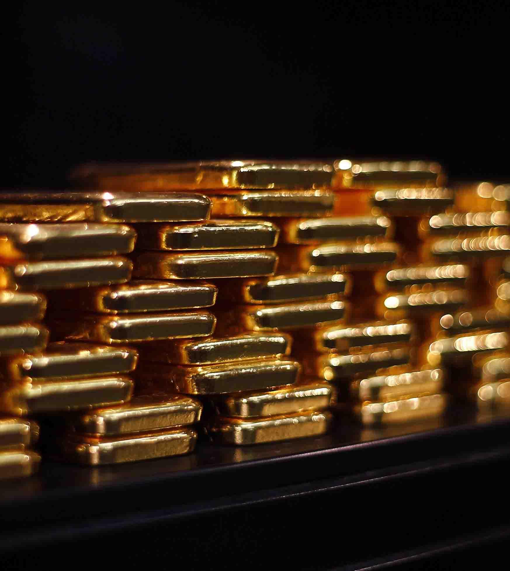 Oro cotiza ¡por debajo del costo de producción!