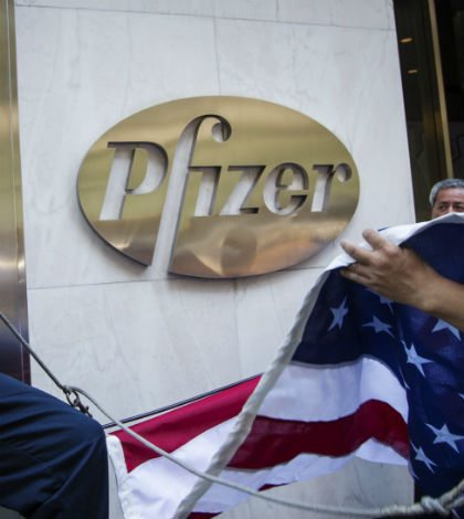 Pfizer defiende acuerdo por AstraZeneca