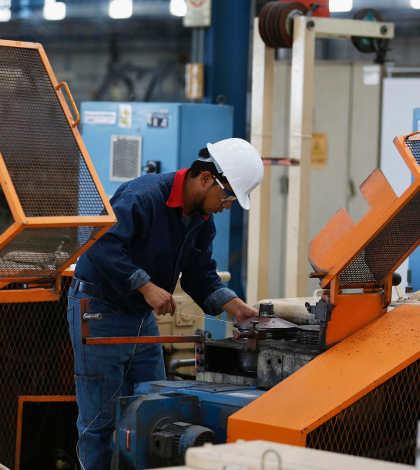 Empleos informales en México caen durante marzo