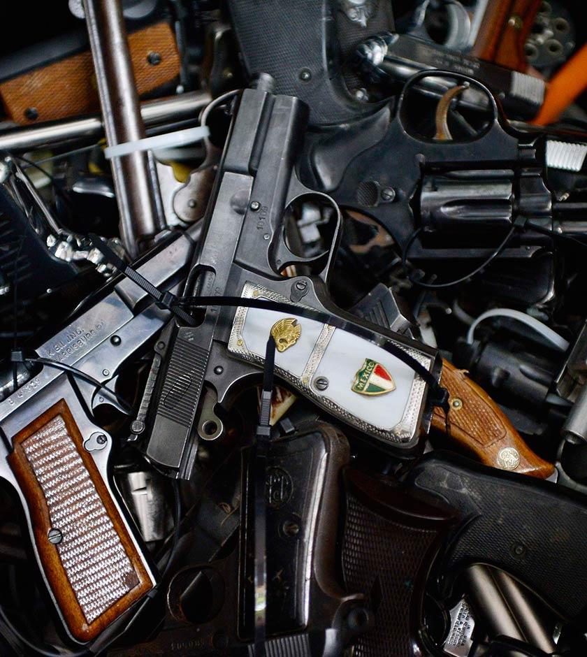 Se vende seguridad: el negocio en México que contribuye a la corrupción