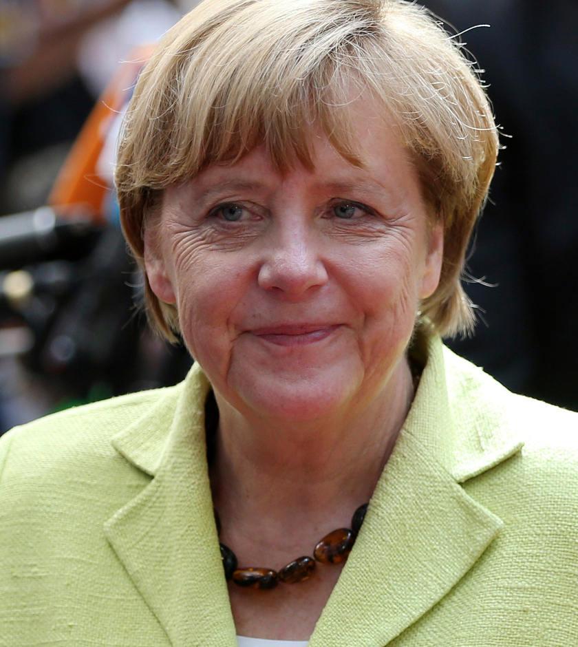 Merkel quiere terminar con crisis en Ucrania