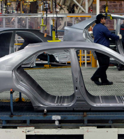 España reforzará inversión dentro del sector automotriz en México