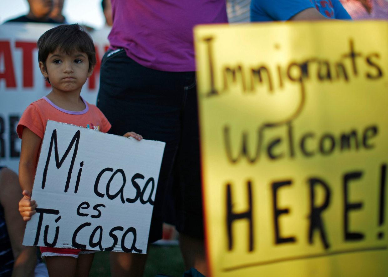 Trump insiste en repeler inmigrantes; Congreso ve difícil un consenso