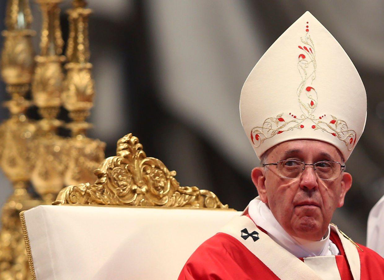 Papa Francisco compara el aborto con 'contratar a un sicario'