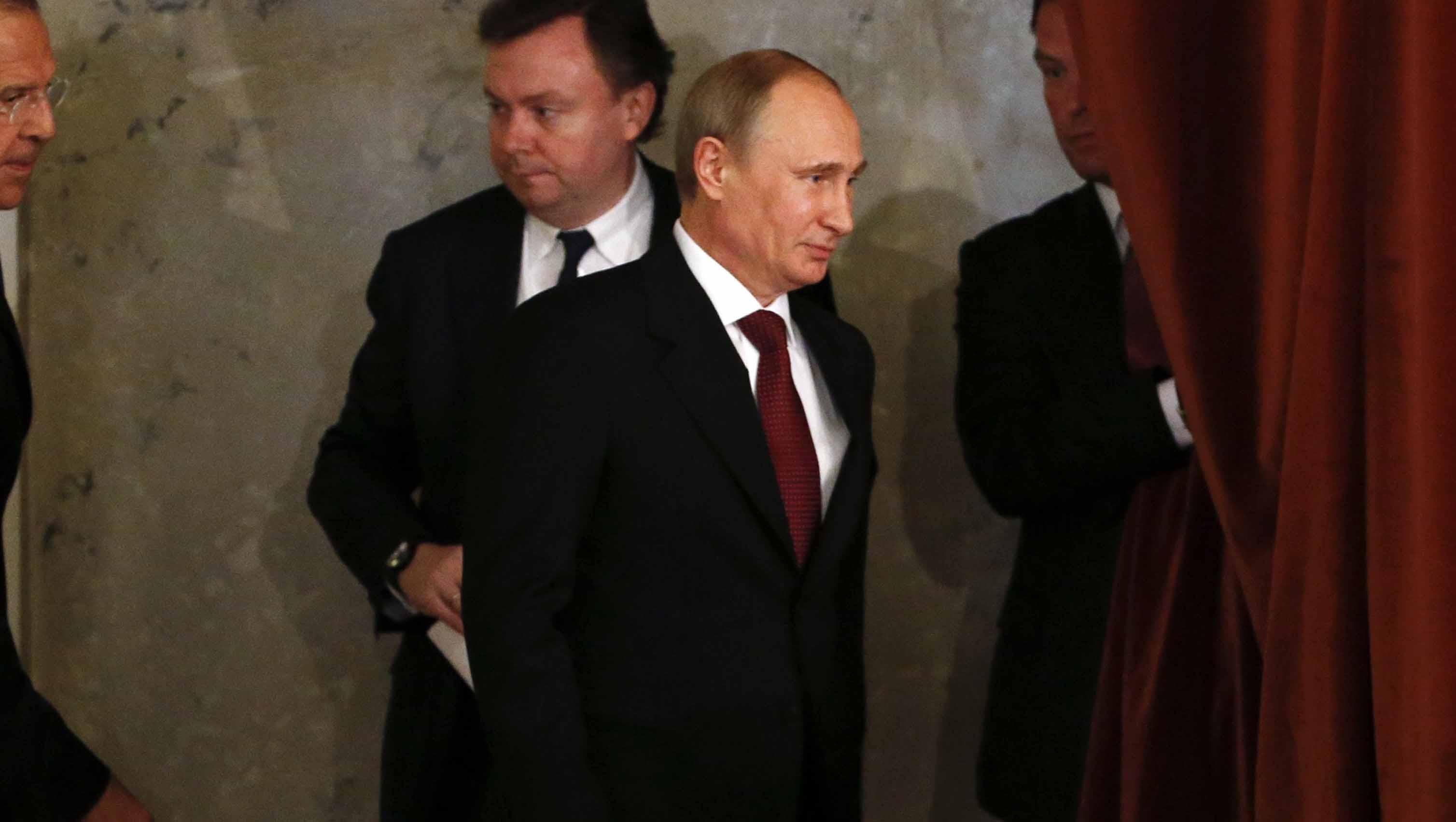 Republicanos absuelven a Donald Trump de posible colusión con Rusia