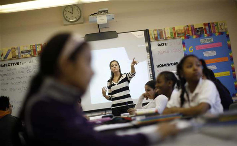 SEP buscará maestros de inglés de 21,000 pesos este jueves