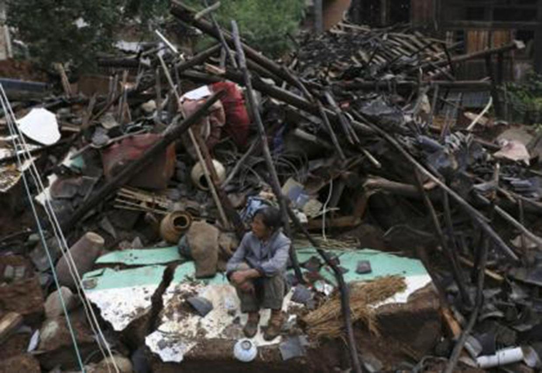 Sismo en China deja 367 muertos