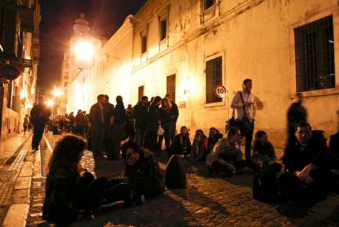 Miles de fanáticos despiden a Gustavo Cerati