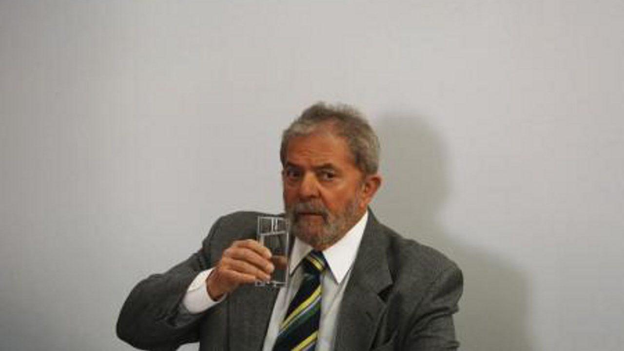Lula libre, pero sin derechos políticos y una pila de casos en su contra