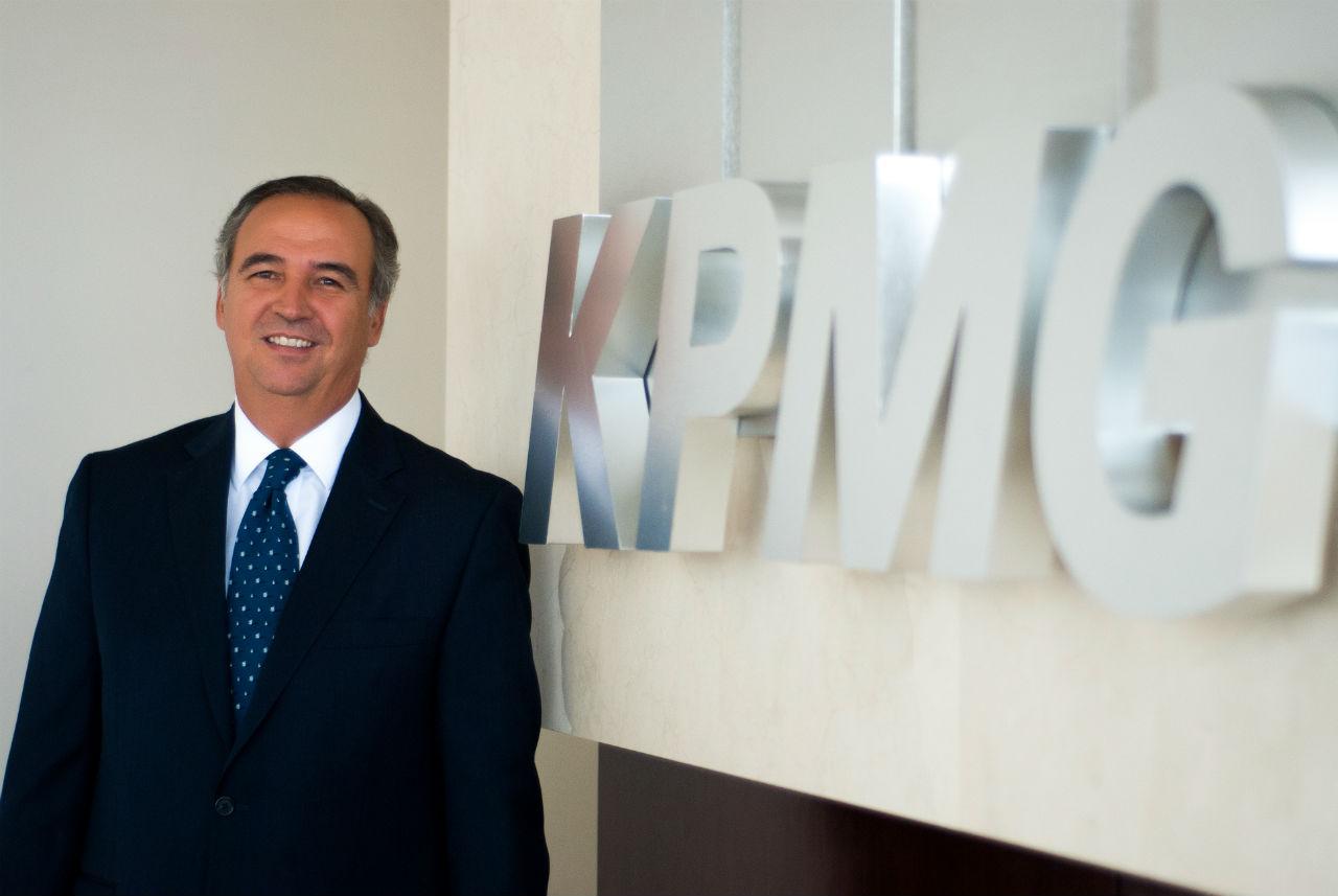 Víctor Esquivel será el nuevo director general de KPMG México