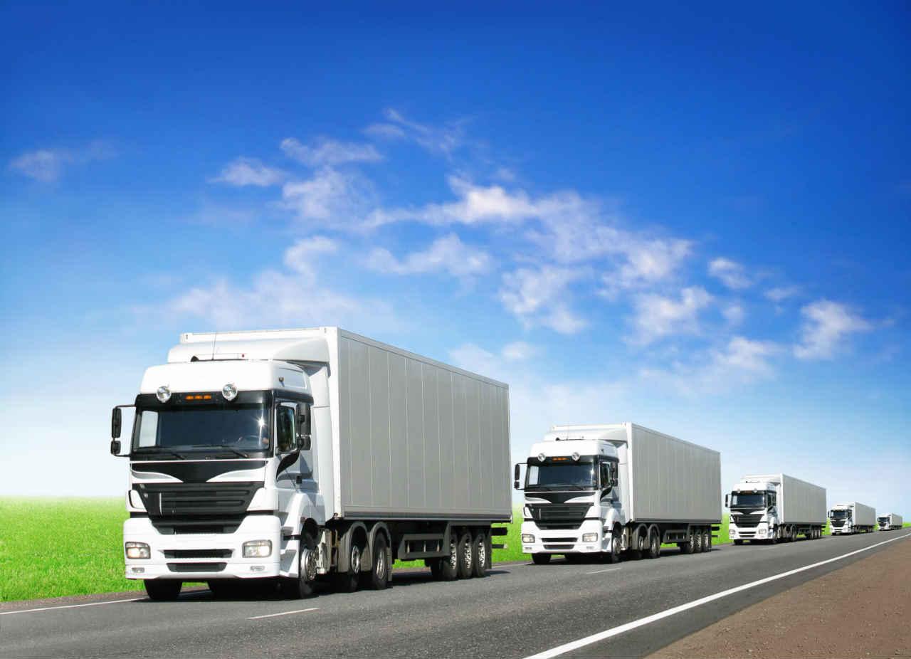 Disminuyen ventas de vehículos pesados en México
