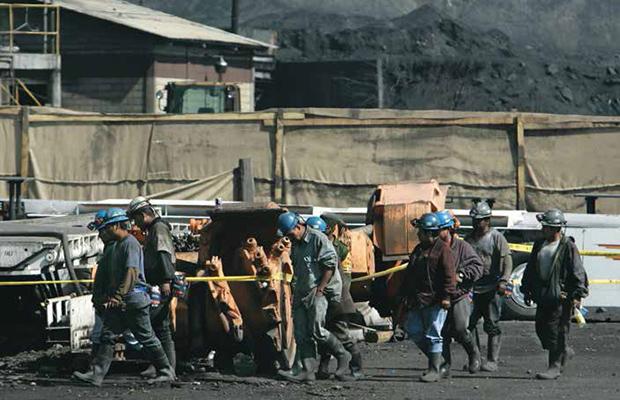 Hallan sin vida a uno de los 7 mineros atrapados en Micarán