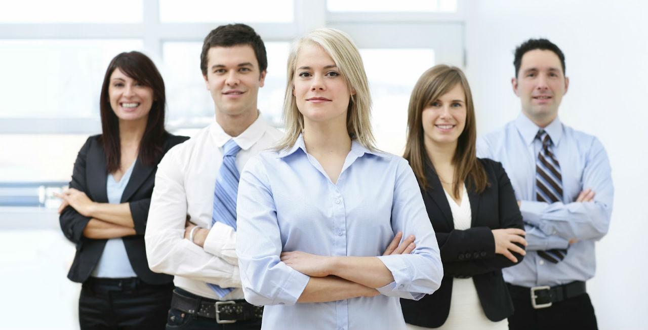 Animosa y alegre firma de consultoría para emprendedores