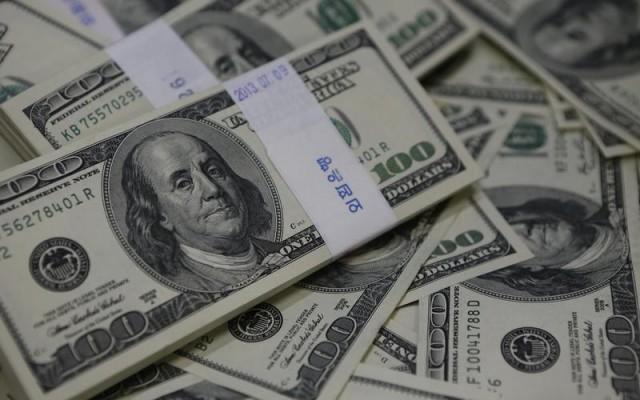 Imagen de archivo de unos billetes de 100 dólares. (Foto: Reuters)