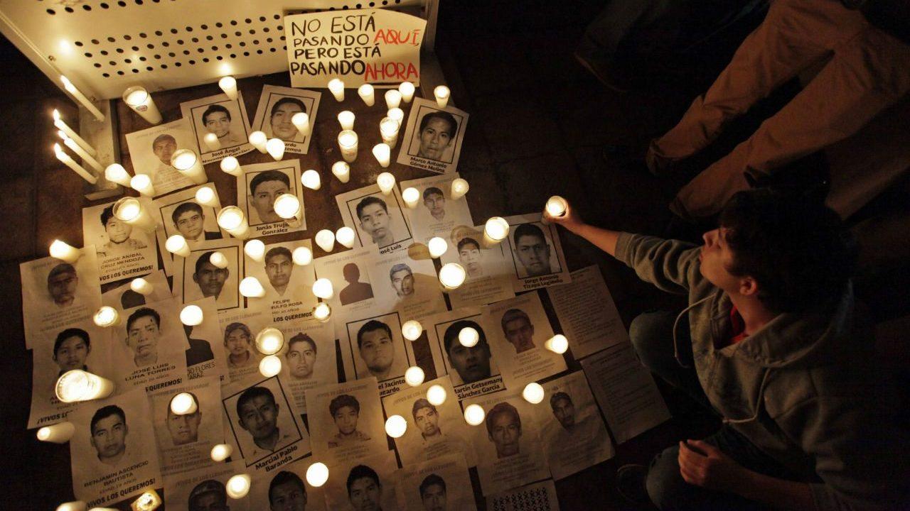 Identificación de estudiante marca sexto aniversario de caso Ayotzinapa en México