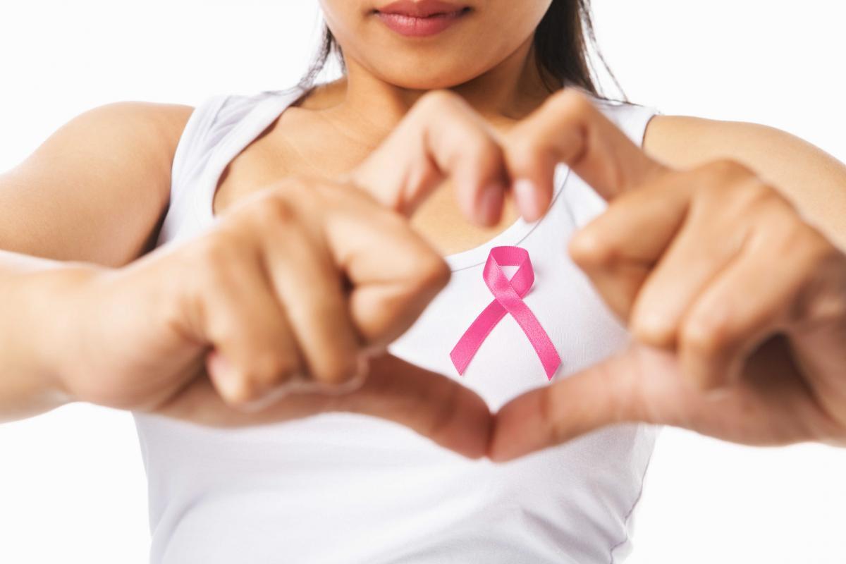 Siete de cada diez mujeres con cáncer de mama conservan el pecho tras la cirugía