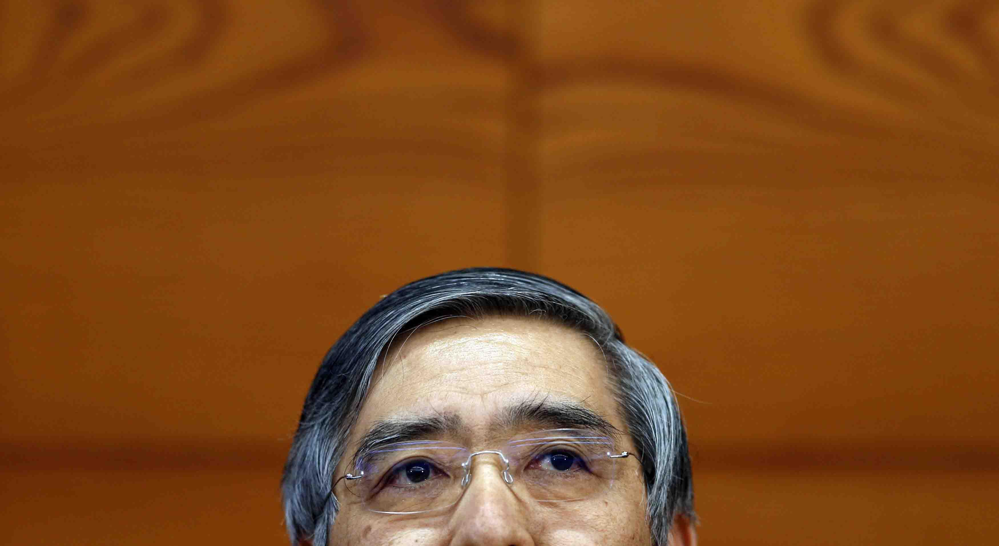Estímulo monetario en Japón durará más tiempo