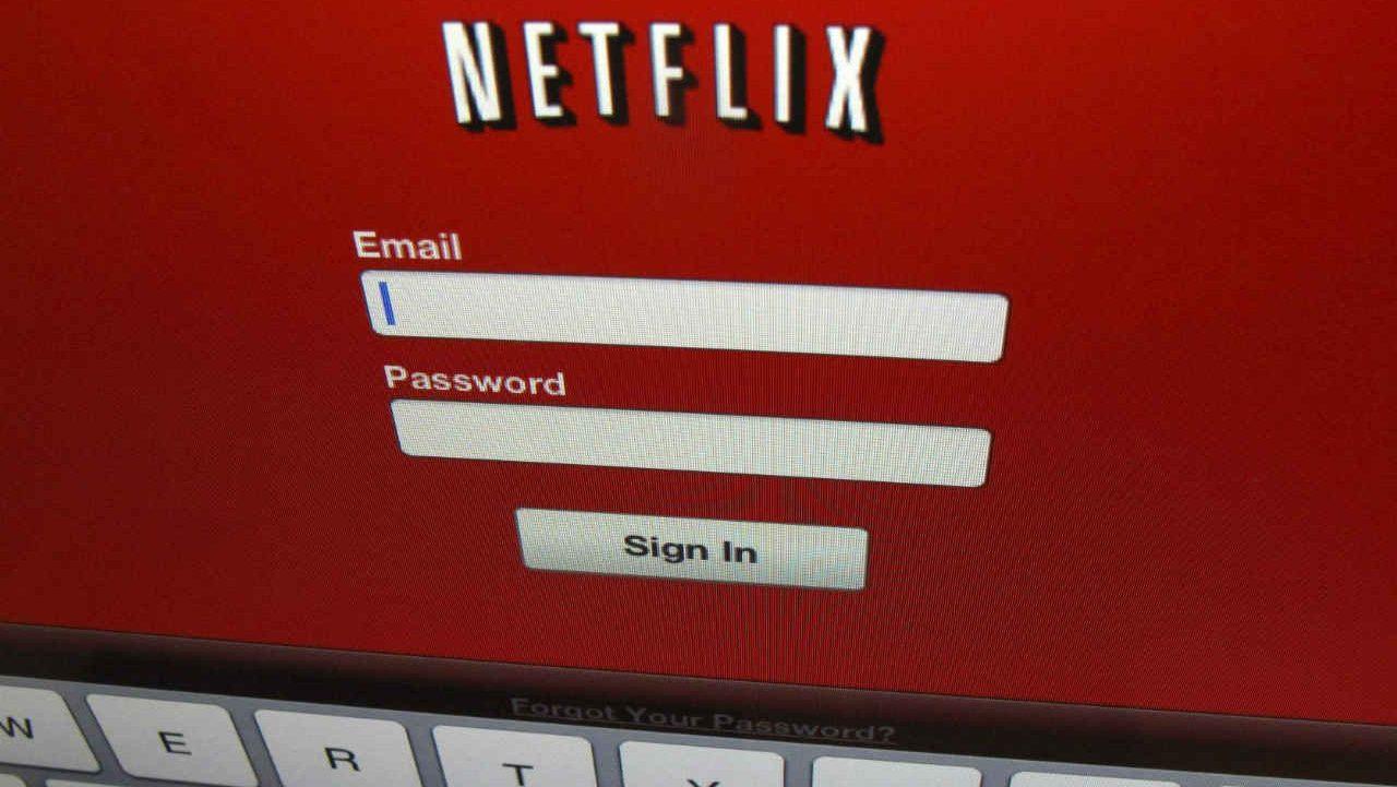 Acciones de Netflix se disparan por cifra récord de suscriptores