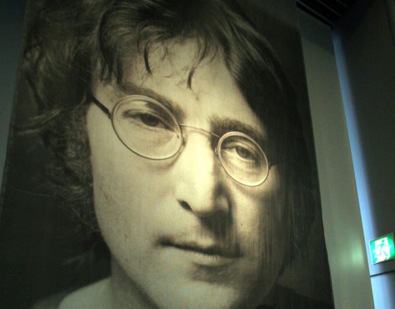 Subastarán guitarra que John Lennon usó en 'Paperback writer'
