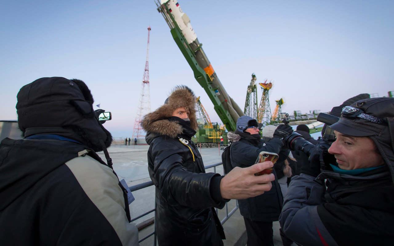 Conmemoran misión a Marte con 90,000 mensajes al espacio