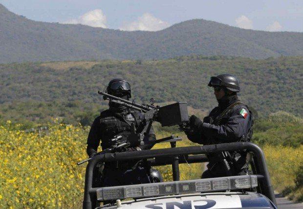 Peña Nieto pide al Senado escuchar críticas a Ley de Seguridad