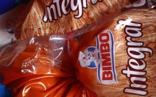 Bimbo comprará canadiense Saputo Bakery por 103 mdd