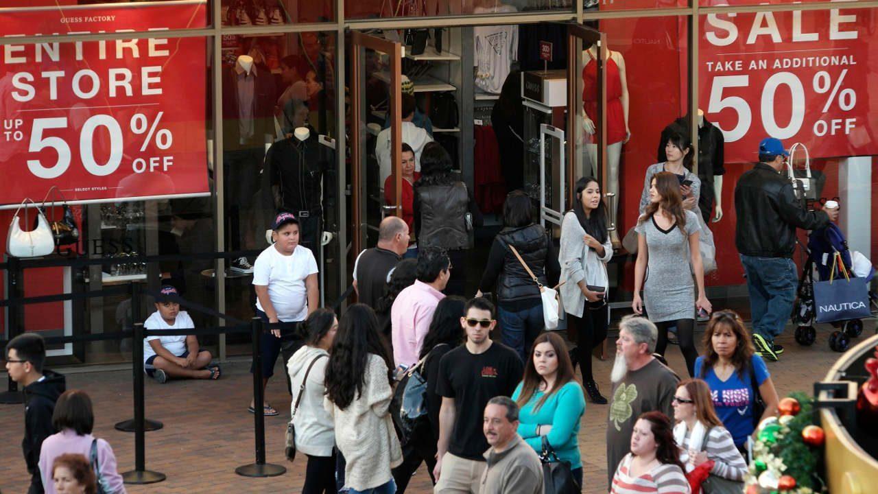 Mexicanos olvidan el 'Hecho en México' y prefieren bienes importados