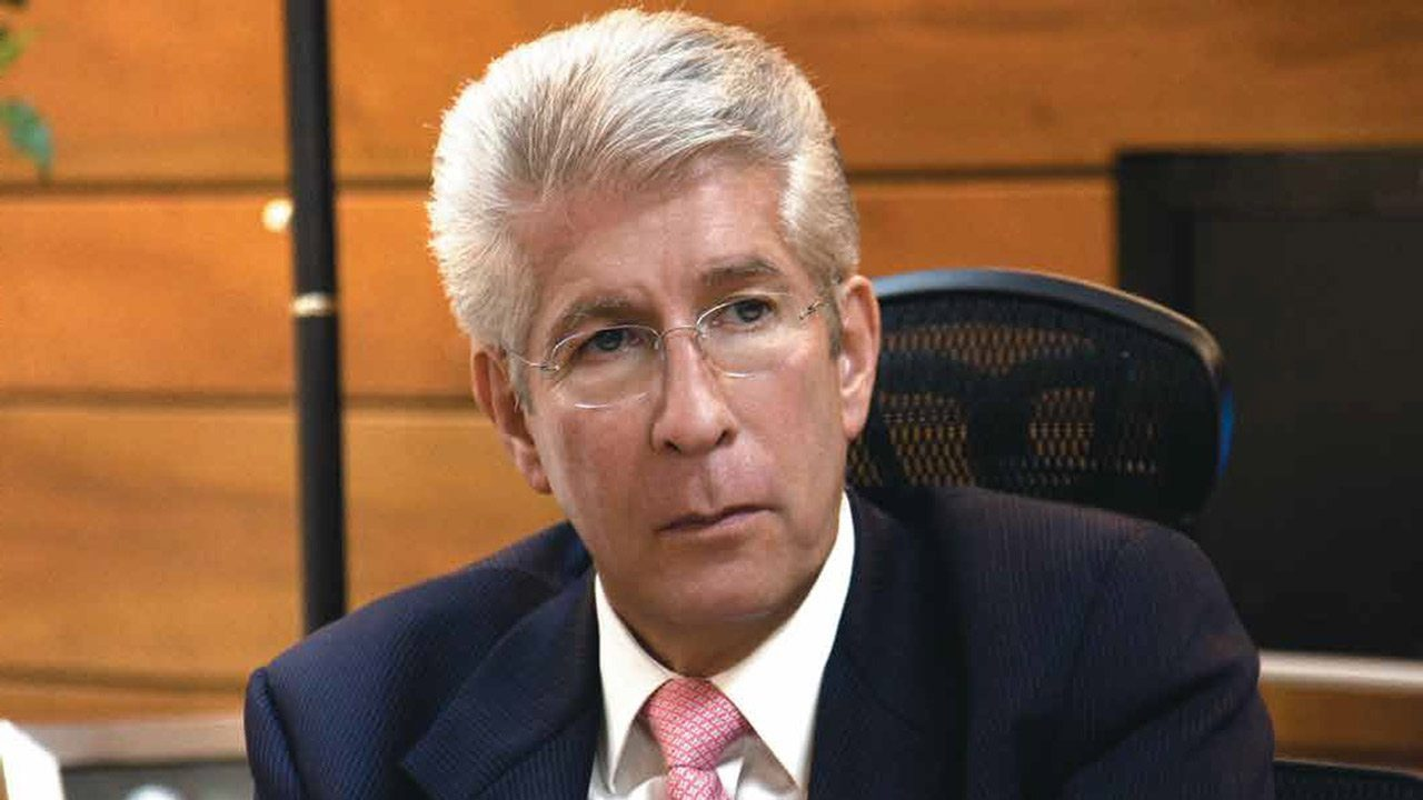 Gerardo Ruiz Esparza, exsecretario de SCT, sufre infarto cerebral