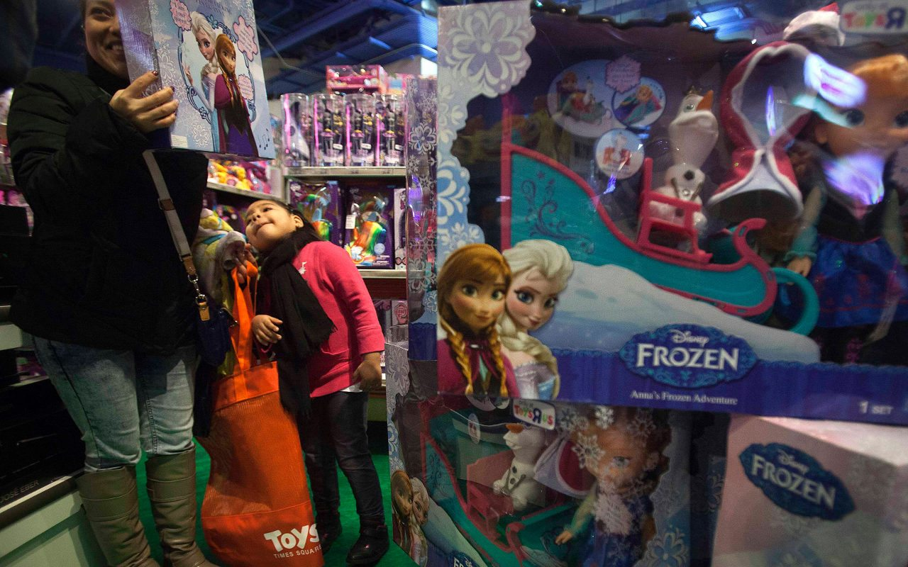 PGR asegura 5,000 juguetes por falsificación de marca