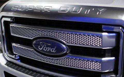 Profepa multa a Ford por 18 mdp por vender autos sin certificado ambiental