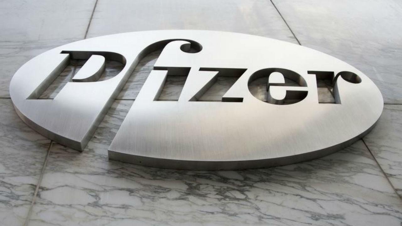 Acciones de Pfizer se disparan por éxito de su vacuna Covid-19