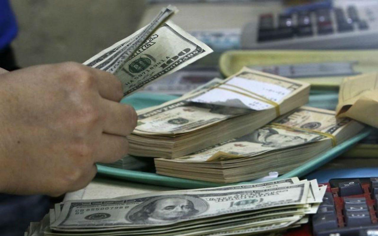 Fortaleza del dólar golpea ventas de Johnson & Johnson