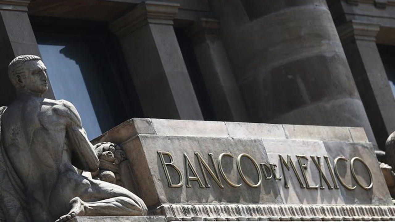 Banxico mantiene inalterable de nuevo su tasa clave