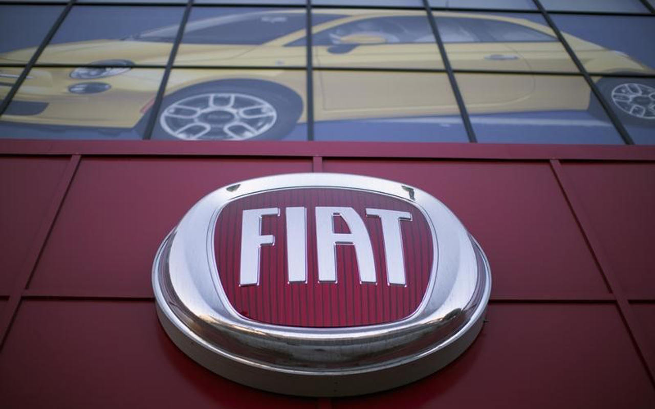 Acciones de Fiat Chrysler abren a la baja tras cambio de dirigencia